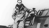 Douglas Bader: Fighter, Pilot
