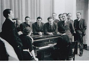 Stop in Belgrade. Zastávka v Belehradu. From the left on the picture: Na fotografii zleva: Václav BROŽÍK (Parachutist instructor in the USSR/ V SSSR instruktor parašutistu), Vladimír NEDVED, Václav ŽDÍMAL (KIA 29th June 1944/29. cervna 1944), Ladislav KOCOUREK (KIA 17th March/17. brezna 1943), Josef OTISK (commander of the Wolfram paratroop unit, awarded the Order of the British Empire/velitel výsadku Wolfram, držitel rádu MBE). Archiv Tomáše Jambora.